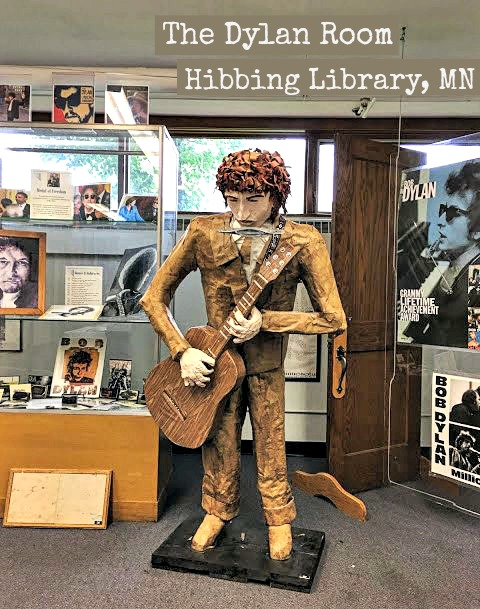 Bob Dylan doll.wTEXT2