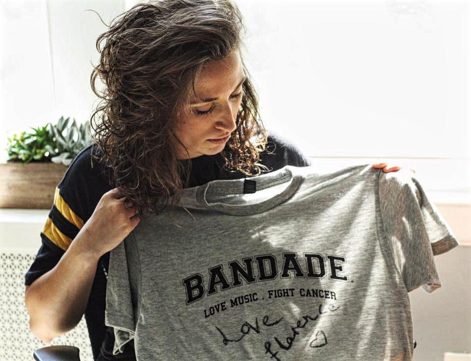 EFL.Caitlyn w Bandade Shirt
