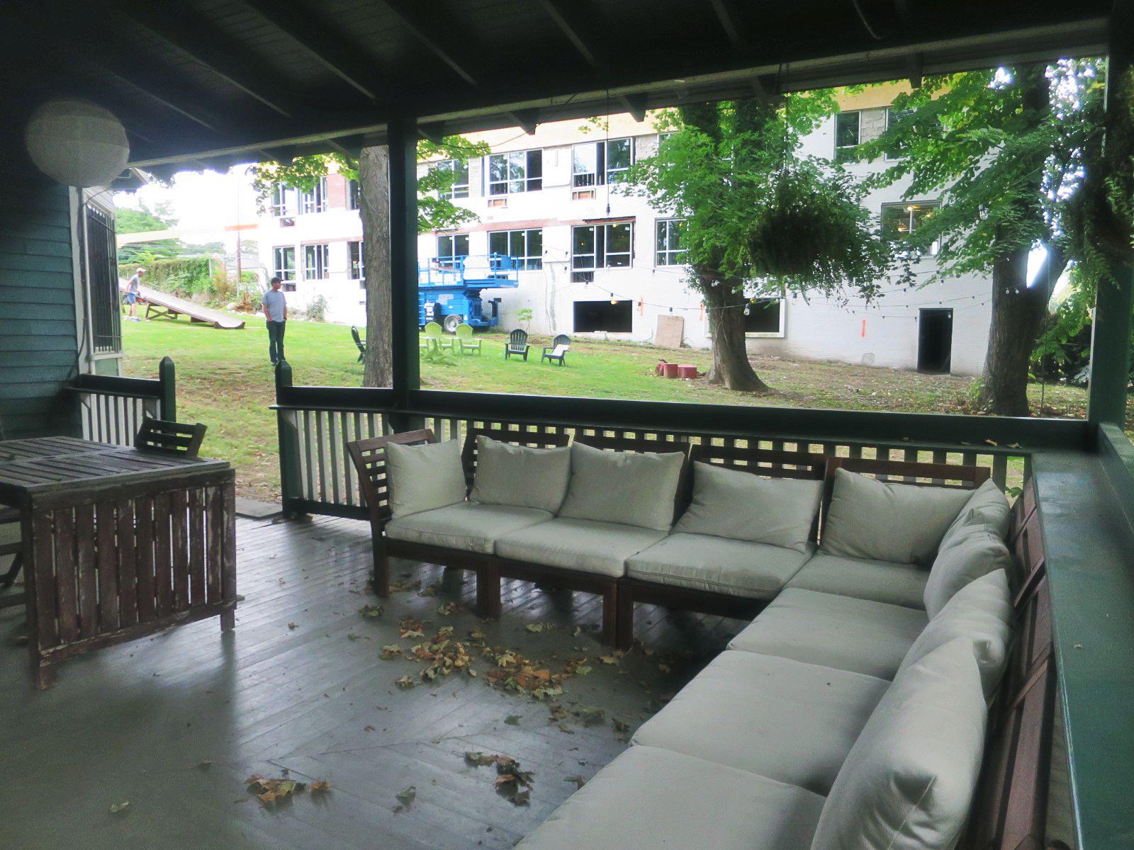eastfallslocal-9-24-ringstetten-porch-side-background